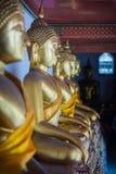 Estatua de Buda de la perspectiva fotos de archivo libres de regalías