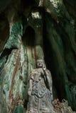Estatua de Budda en las montañas de mármol, Vietnam Imagenes de archivo