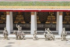 Estatua de Chainese en el templo, Bangkok Imagen de archivo