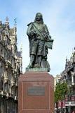 Estatua de David Teniers el más joven en Amberes, Bélgica fotos de archivo libres de regalías