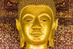 Estatua de dios budista, Louangphabang, Laos Primer Imagen de archivo