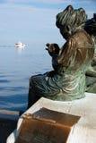 Estatua de dos mujeres Imagen de archivo libre de regalías