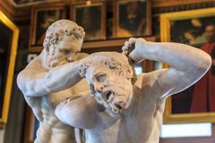 Estatua de dos Romans Fighting foto de archivo