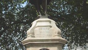 Estatua de Edward Colston en Bristol City Centre metrajes