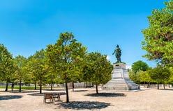 Estatua de general Championnet en la explanada en valencia, Francia del Champ de Mars imagen de archivo libre de regalías