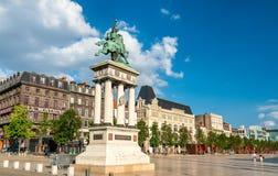 Estatua de general Desaix en el cuadrado de Jaude en Clermont-Ferrand, Francia fotografía de archivo libre de regalías