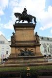 Estatua de George de Podiebrad foto de archivo