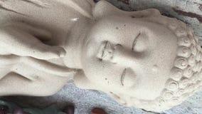 Estatua de Grey Buddha almacen de video