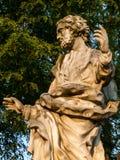 Estatua de hablar del apóstol fotografía de archivo