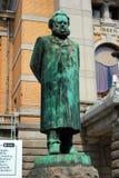 Estatua de Henrik Ibsen en Oslo, Noruega imagenes de archivo