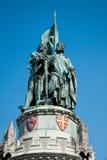 Estatua de Jan Breydel y de Pieter de Coninck fotos de archivo libres de regalías
