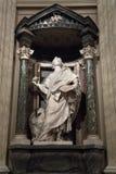 Estatua de Juan el evangelista el apóstol Fotografía de archivo libre de regalías