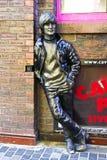 Estatua de Juan Lennon en la calle de Mathew Imágenes de archivo libres de regalías