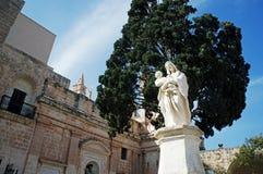 Estatua de la abadía de Westminster imagen de archivo