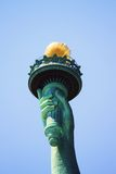Estatua de la antorcha de la libertad imágenes de archivo libres de regalías