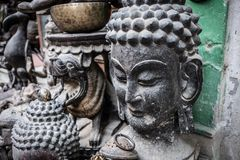 Estatua de la cabeza de dios budista Buda Fotografía de archivo