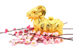 Estatua de la cabra por el Año Nuevo chino 2015 Imagenes de archivo