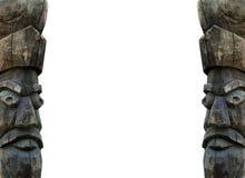 Estatua de la cara hecha de la madera Fotografía de archivo