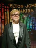 Estatua de la cera de Elton John y de Shakira Fotos de archivo