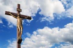 Estatua de la crucifixión Fotos de archivo libres de regalías