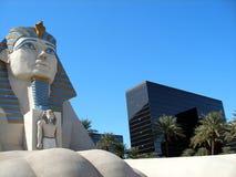 Estatua de la esfinge, hotel de Luxor Fotografía de archivo
