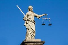 Estatua de la justicia Imágenes de archivo libres de regalías