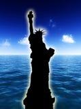 Estatua de la libertad en el día Imágenes de archivo libres de regalías