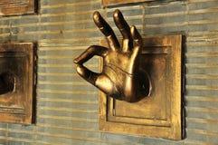 Estatua de la mano Imagenes de archivo