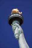 Estatua de la mano de la libertad Imágenes de archivo libres de regalías