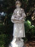 Estatua de la muchacha del mendigo Fotografía de archivo