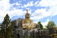 Estatua de la principal sentada Bull hecha en Lego Foto de archivo libre de regalías