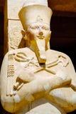 Estatua de la reina Hatshepsut como Osiris Luxor, Egipto fotos de archivo