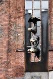 Estatua de los músicos de la ciudad de Bremen en Riga fotografía de archivo