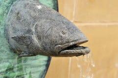 Estatua de los pescados Imagen de archivo