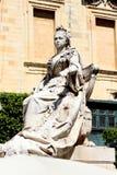 Estatua de mármol de la reina Victoria imagenes de archivo