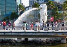 Estatua de Merlion en Marina Bay Foto de archivo libre de regalías