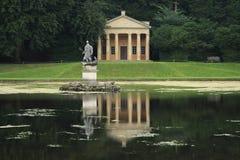 Estatua de Neptuno fotos de archivo