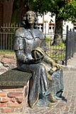 Estatua de Nicolaus Copernicus en Olsztyn Imagenes de archivo