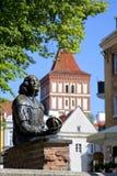 Estatua de Nicolaus Copernicus en Olsztyn Imágenes de archivo libres de regalías