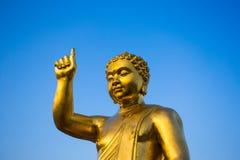 Estatua de oro de Buddha del bebé Fotografía de archivo libre de regalías