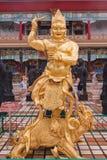 Estatua de oro budista Imagen de archivo