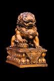 Estatua de oro china del león Foto de archivo