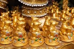 Estatua de oro de la rata para el ganesha de la adoración Fotografía de archivo libre de regalías