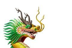 Estatua de oro del dragón en el cielo del bule en el invierno Imagenes de archivo