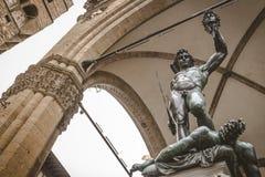 Estatua de Perseus con el jefe de la medusa Imagen de archivo