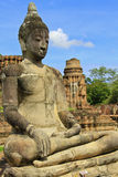 Estatua de piedra de un Buddha Fotografía de archivo libre de regalías