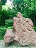 Estatua de piedra de general Guan Yu, vista delantera imagenes de archivo