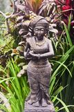 Estatua de piedra de una mujer en Bali fotos de archivo libres de regalías