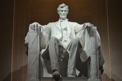 Estatua de presidente Abraham Lincoln de los E.E.U.U. dentro de Lincoln Memorial Fotografía de archivo