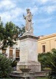 Estatua de S Antonino Abbate, santo patrón de Sorrento, Italia Imágenes de archivo libres de regalías
